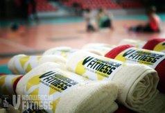 Zdjęcie przedstawia upominek od Starostwa Powiatowego - ręcznik fitness