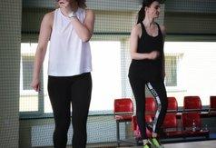 Na zdjęciu Marlena Rychlewska i  Ewelina Jabłońska - trenerki prowadzące zajęcia