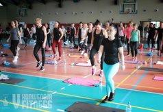 Uczestniczki konwencji podczas ćwiczeń
