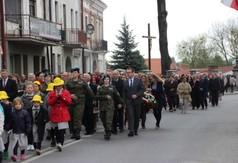 Na zdjęciu uczestnicy wydarzenia -Rocznicy Konstytucji 3 Maja w Kraśniku.