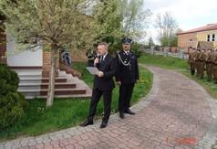 Na zdjęciu członek Zarządu Powiatu Kraśnickiego Tomasz Mularczyk przemawiający podczas Pacyfikacji S