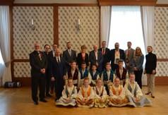 Na zdjęciu Starosta Kraśnicki Andrzej Rolla, Wicestarosta Kraśnicki Karol Rychlewski wraz z deleg
