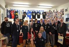 Delegacja z Kanady oraz grupa robotyczna Spice Gears- Team 5883.