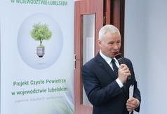 """Na zdjęciu Starosta Kraśnicki Andrzej Rolla przemawiający podczas konferencji """"Nowe Technologie –"""