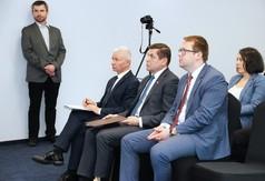 Na zdjęciu Starosta Kraśnicki Andrzej Rolla, ekspert z Urzędu Marszałkowskiego Województwa Lubelskie