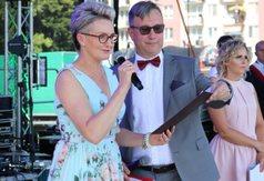 Na zdjęciu Z-ca Dyrektora KOWR w Lublinie przemawiająca podczas Festiwalu Maliniaki.