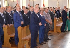 Na zdjęciu uczestnicy uroczystości- Dnia Walki i Męczeństwa Wsi Polskiej.