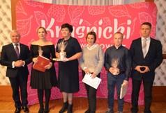 Na zdjęciu Starosta Kraśnicki Andrzej Rolla,p.o. Dyrektora GOK w Trzydniku Dużym Anna Ewa Sobota wraz