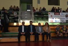 Wspólne zdjęcie podczas II Charytatywnego Turnieju w Siatkonogę.