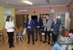 Na zdjęciu Starosta Kraśnicki Andrzej Rolla, Zastępca Burmistrza Kraśnika Piotr Janczarek, Dyrektor D