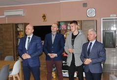 Na zdjęciu Starosta Kraśnicki Andrzej Rolla, Zastępca Burmistrza Kraśnika Piotr Janczarek, Michał Zi