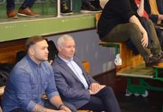 Na zdjęciu Starosta Kraśnicki Andrzej Rolla i Kamil Szczęśniak trener z siłowni Get Gym.