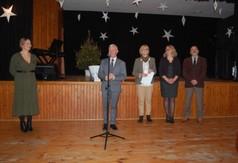 Na zdjęciu starosta kraśnicki Andrzej Rolla przemawiający podczas Powiatowego Przeglądu Kolęd, Pasto
