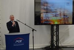 Na zdjęciu Starosta Kraśnicki Andrzej Rolla przemawiający podczas otwarcia stacji GPZ Budzyń.