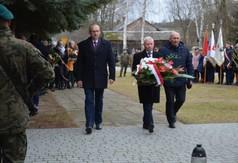 Członek Zarządu Powiatu w Kraśniku Marek Kołtun,Starosta Kraśnicki Andrzej Rolla , członek Zarządu