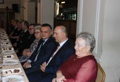 Na zdjęciu Przewodnicząca klubu Aktywny Senior Wanda Soleń, członek Zarządu Powiatu w Kraśniku Roma