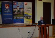 Starosta Kraśnicki Andrzej Rolla przemawiający podczas Dni Kultury Rolnej w Urzędowie.