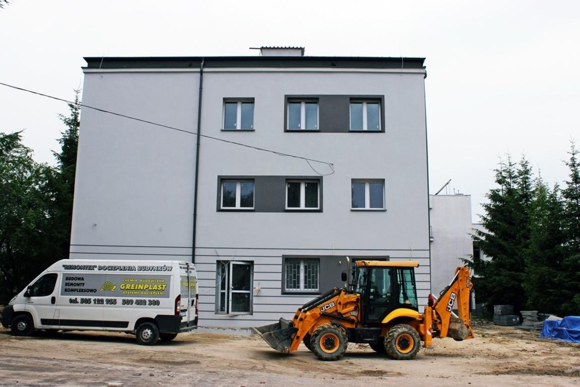 Na zdjęciu nowa siedziba wydziału geodezji. (link otworzy duże zdjęcie)