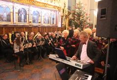 Na zdjęciu Orkiestra Dęta OSP z Kraśnika. (link otworzy duże zdjęcie)