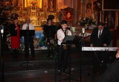 Na zdjęciu Kapela Swojacy z Kraśnika. (link otworzy duże zdjęcie)