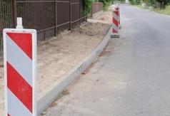 Modernizacja chodnika przy drodze powiatowej przy ulicy Podleskiej nr 2721L. (link otworzy duże zdjęcie)