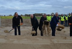 Symboliczne rozpoczęcie prac w w Słodkowie Drugim -oficjalnie rozpoczęto budowę drogi ekspresowe (link otworzy duże zdjęcie)