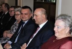 Na zdjęciu Prezes Aktywnego Klubu Seniora, członek Zarządu Powiatu w Kraśniku Roman Bijak i Kierownik
