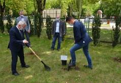 Starosta Kraśnicki Andrzej Rolla, Przewodniczący Rady Powiatu w Kraśniku Jacek Dubiel, Wicestaros (link otworzy duże zdjęcie)