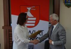 Na zdjęciu Dyrektor Regionalnego Ośrodka Polityki Społecznej w Lublinie Małgorzatę Romanko i St (link otworzy duże zdjęcie)