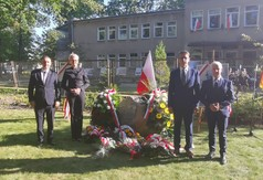 Poseł na Sejm Rzeczpospolitej Polskiej Kazimierz Choma, radna Sejmiku Wojewódzkiego Anna Baluch, S