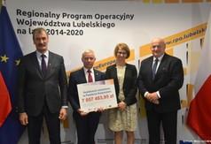 Wicestarosta Kraśnicki Andrzej Cieśla, Starosta Kraśnicki Andrzej Rolla, Skarbnik Powiatu Iwona S