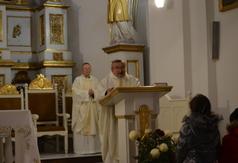 Ksiądz Kanonik Andrzej Woch podczas Mszy świętej w intencji Ojczyzny. (link otworzy duże zdjęcie)