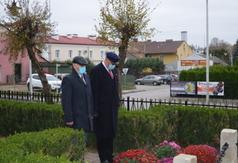 Burmistrz Miasta Urzędowa Paweł Dąbrowski i Przewodniczący Rady Miejskiej Kazimierz Jagiełło p (link otworzy duże zdjęcie)