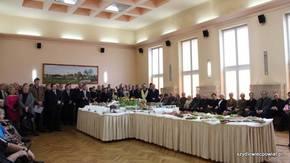 do sali konferencyjnej Starostwa Powiatowego przybyło blisko dwustu gości, fot. M. Szymkiewicz