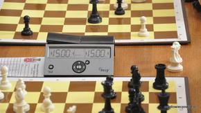 Zegar szachowy jest jedyny w swoim rodzaju – tylko tutaj da się zatrzymać czas…