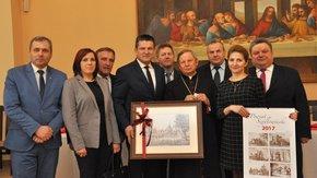 Ponad stu samorządowców z terenu diecezji radomskiej wzięło udział w corocznym spotkaniu opłatkowym