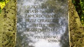 tablica na pomniku w lesie Korzonku