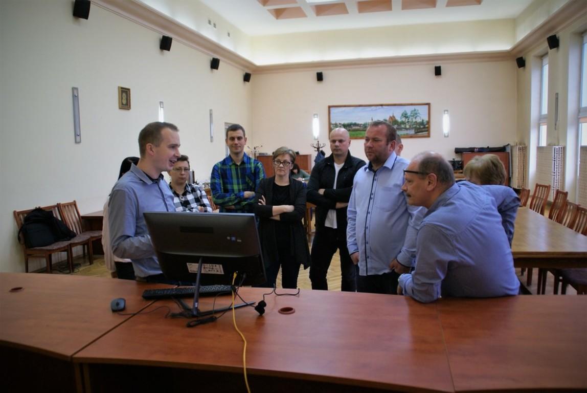 przedstawiciele gmin: Szydłowiec, Mirów, Jastrząb, Chlewiska, Orońsko oraz pracownicy PCZK Starostwa