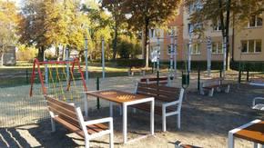Otwarta Strefy Aktywności - stoliki do gry w szachy