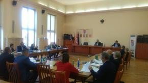 Prace Zarządu Powiatu między sesjami podsumował starosta Włodzimierz Górlicki.