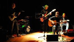zespół na zamkowej scenie, fot. W.Wismont