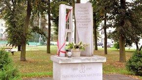 pomnik TON w Szydłowcu