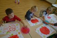 Zajęcia plastyczne w nowej grupie przedszkolnej