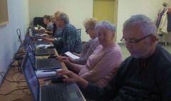 Podsumowanie komputerowych szkoleń dla seniorów